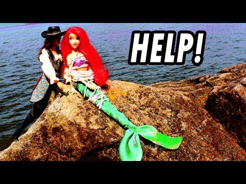 Ariel The Little Mermaid Kidnapped & Saved by Frozen Elsa Anna From Villain. Disney Princess Parody