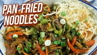 Pan Fried Noodles Recipe - How to Cook Pan Fried Noodles With Vegetables - Ruchi Bharani