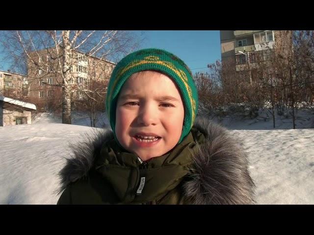 Изображение предпросмотра прочтения – ЛукьянБеклемишев читает произведение «Снежок порхает, кружится» Ф.И.Тютчева