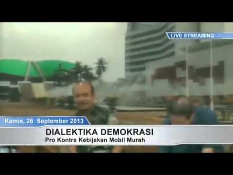 Dialektika Demokrasi Pro dan Kontra Mobil Murah 10) 5