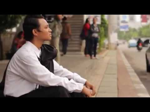 Iwan Fals - Sarjana Muda (Cover Video Clip)
