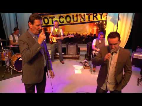 Mick Flavin & Kevin Logue   A Few Ole Country Boys