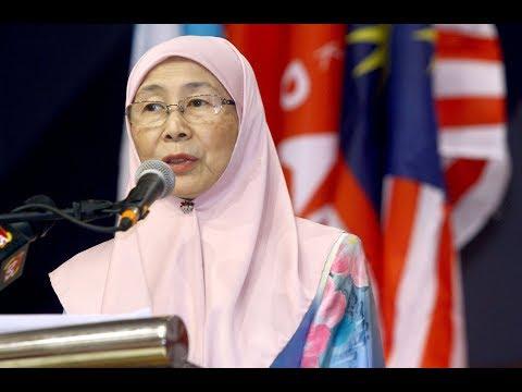 I'm not a seat warmer, says Wan Azizah