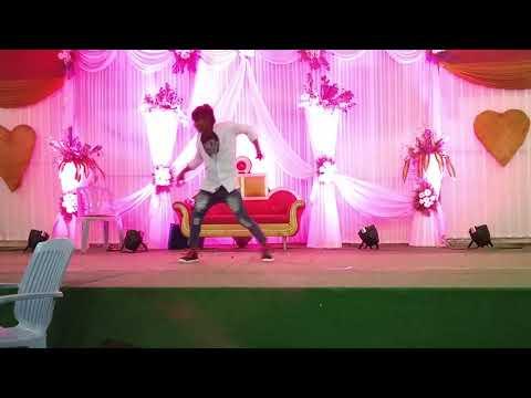 Express raja movie Hulala song....👌👌