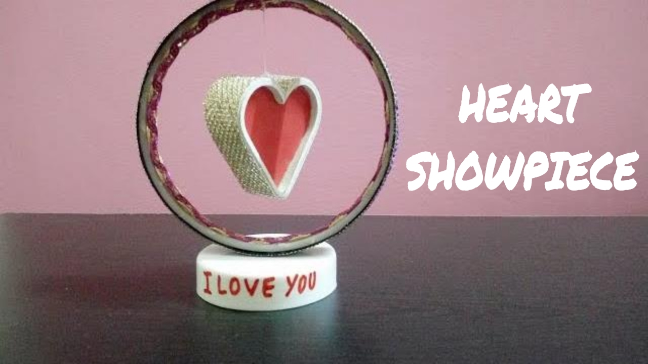 Diy paper heart showpiece how to make a paper heart for Showpiece from waste material