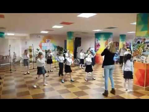 Видео танцы для детей далеко от мамы