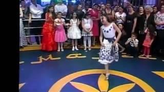 Gypsies dance. Цыганский конкурс. Пляшут цыганские дети!