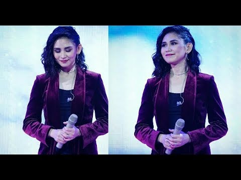 Sarah Geronimo nails 'ONE DAY IN YOUR LIFE' l Jollibee 40th Anniversary - 동영상