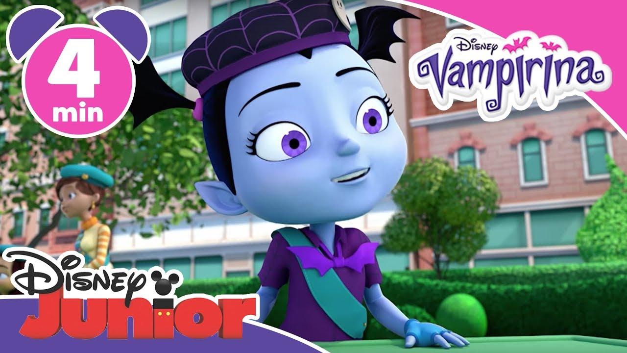 Vampirina vi chat i distintivi per il campeggio disney junior