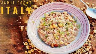 jamie cooks italy sausage risotto bacon onion dumplings and ham pea pasta
