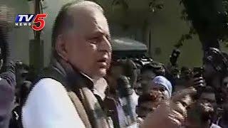 No Way to Split Samajwadi Party: Mulayam Singh Yadav | TV5 News
