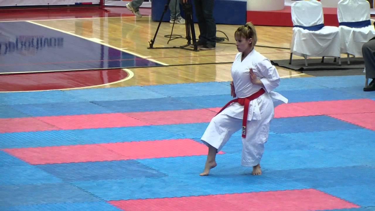 Resultado de imagen para Carol de la Paz karate