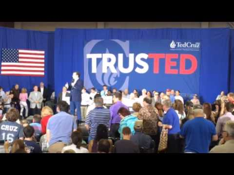 Ted Cruz rally in Evansville, IN - April 24, 2016