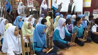 PahlawanKu : Angklung Pak Radja and SK Klian Pauh, Taiping Perak