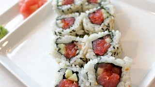 How To Make A Spicy Tuna Sushi Roll