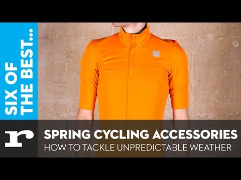 Six of the best Spring clothing accessories - how to tackle unpredictable weather