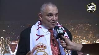 بيريز يحتفل مع أنصار ريال مدريد بالمغرب رفقة كأس عصبة الأبطال