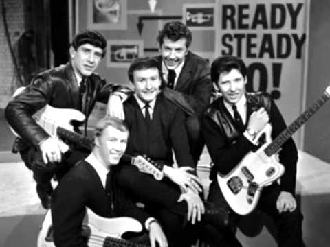(CALL ME) NUMBER ONE THE TREMELOES.wmv