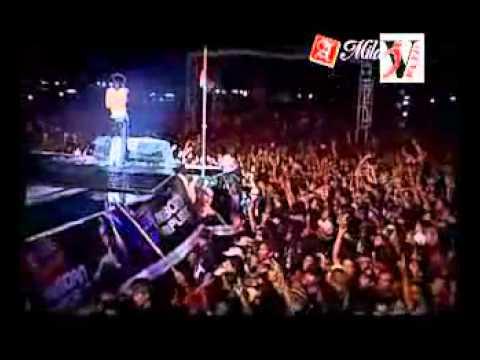 Slank - Bendera Setengah Tiang Live