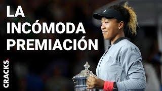 Naomi Osaka recibió su trofeo Grand Slam entre lágrimas mientras se disculpaba con Serana Williams