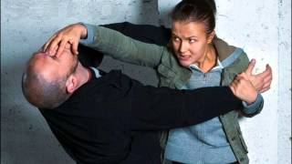 уроки самообороны для подростков видео.wmv(P.S. Уже сейчас, прямо в эту секунду, можно начать обучаться у Алексея Маматова приемам самообороны и не тольк..., 2015-02-09T21:12:26.000Z)