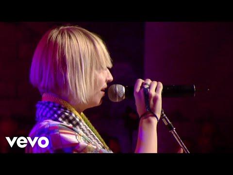 Sia - Little Black Sandals (Live at SxSW)