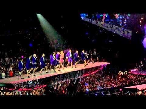 Shake It Off - 1989 World Tour Singapore