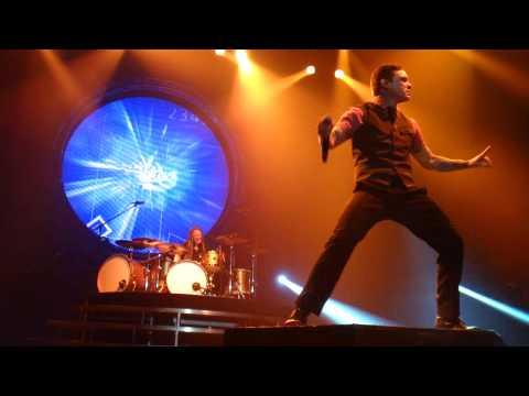 Shinedown - Devour LIVE Saginaw Michigan 2013