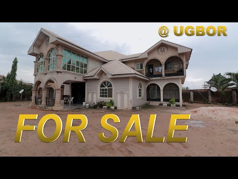 HOUSE FOR SALE IN BENIN CITY.