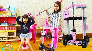 Katy Play with Cleaning Toys for Kids - Cutie Helps Mummy | Katy Cutie Show