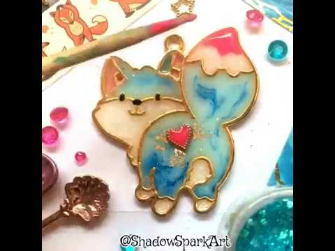 Making a cute Ice Fox charm with UV resin, pigments and open bezel - Craft Jewelry DIY