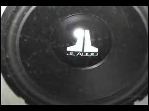 jl-audio-sub-in-bandpass-box