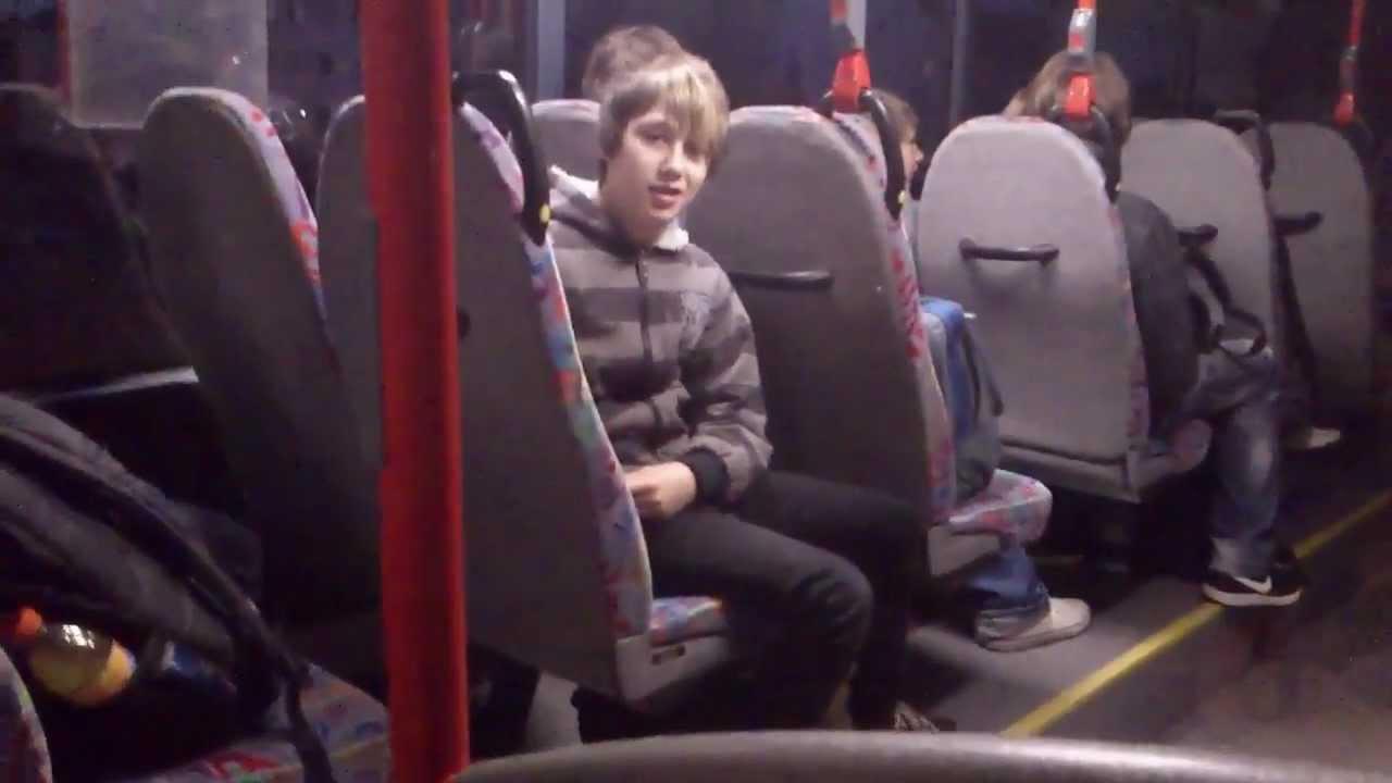 Grabschen Im Bus