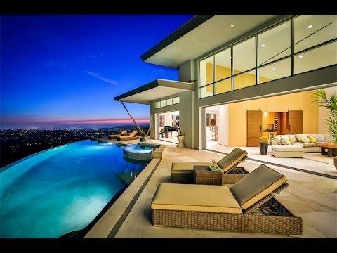 Stunning Contemporary Estate in La Mesa, California