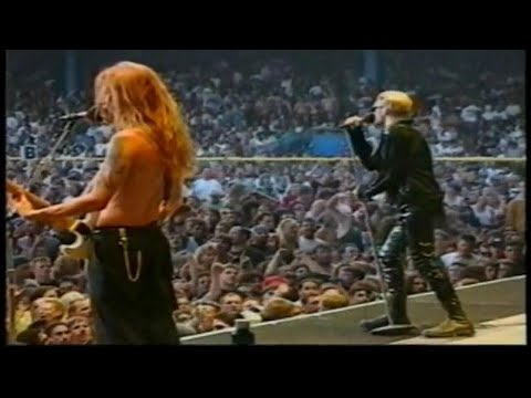 Alice In Chains   Documentary + Home Video Footage