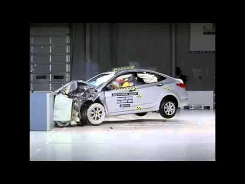 Crash Test 2012 - Hyundai Accent / Verna / i25 (Frontal Offset) IIHS