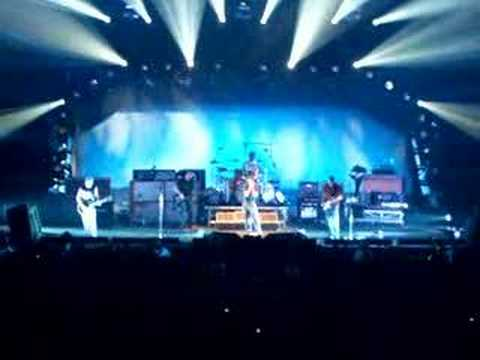 pearl jam -given to fly-marseille 2006