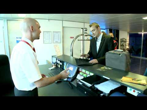 Aéroports de Lyon : La conciergerie s'occupe de vous ! / The Porter Service takes care of you !