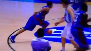 Gabe Norwood with second poster vs Argentina on Mata