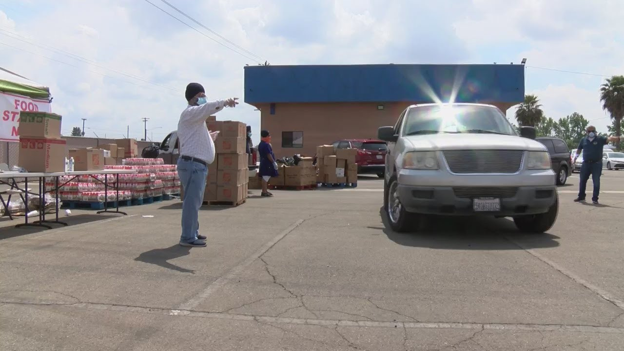 Eyewitness News Sikh community helping to feed thousands in the Valley