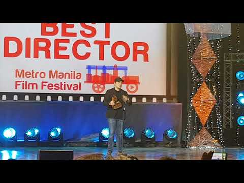 Paul Soriano wins Best Director for Siargao at MMFF 2017 Awards Night