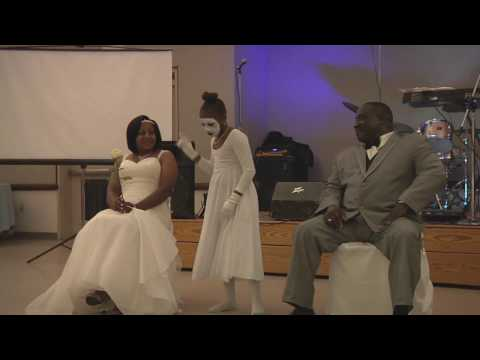 Most moving wedding praise dance