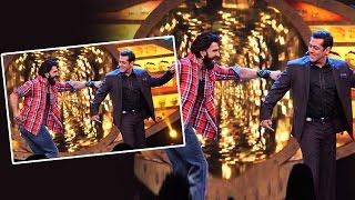 Salman & Ranveer DANCES On Baby Ko Bass Pasand Hai On Bigg Boss 10 - Befikre Promotion