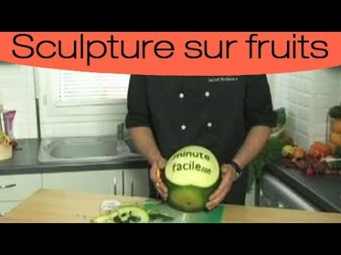 D coration culinaire sculpter une past que youtube for Decoration culinaire