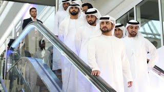 """محمد بن راشد يتفقد مبنى """"كونكورس دي"""" الجديد في مطار دبي الدولي"""