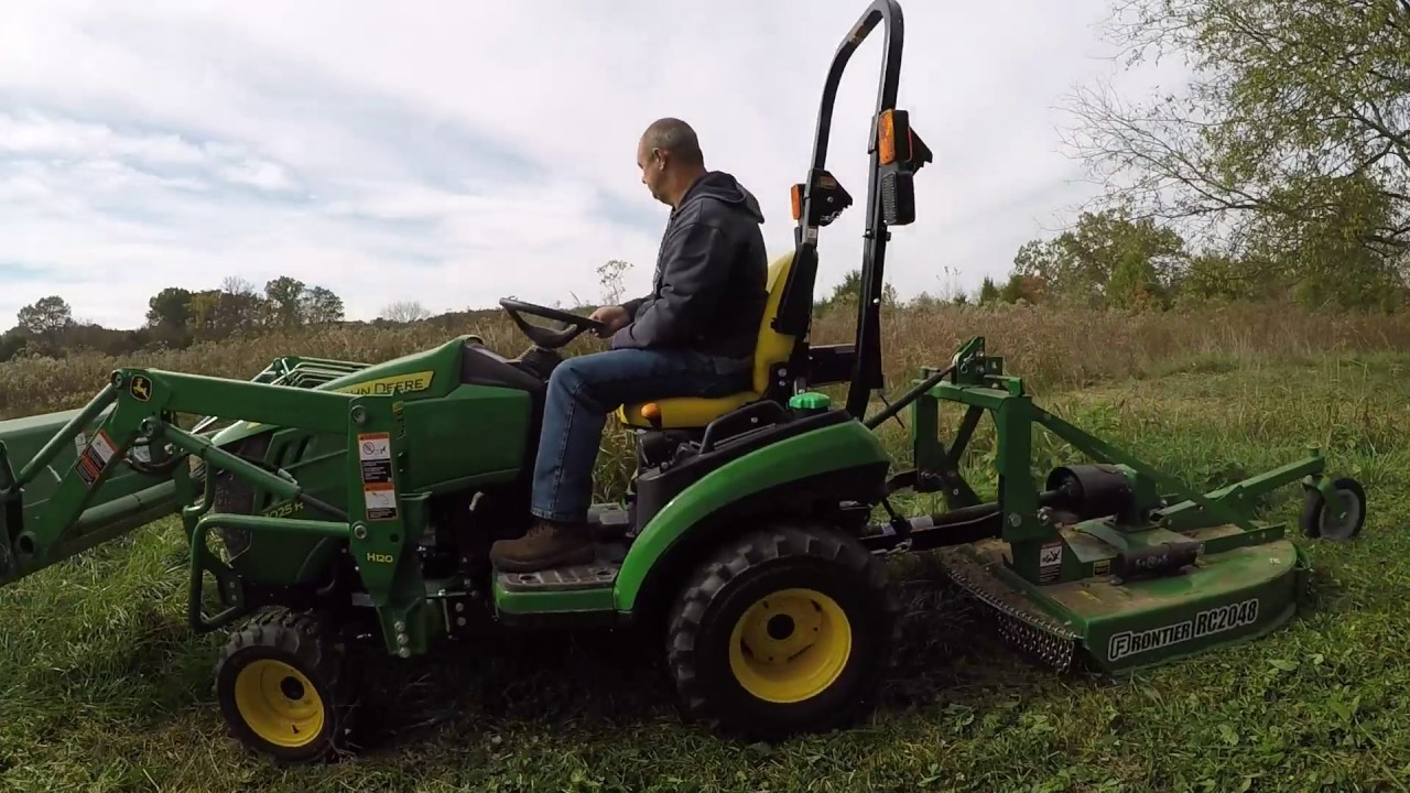John Deere 1025r And The Frontier Rc2048 Youtube