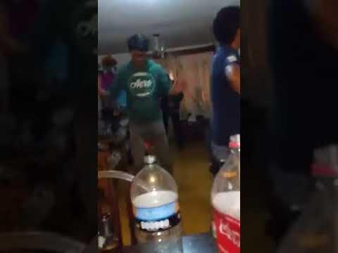 Fiesta de hombres se viraliza por baile de La Feria de Cepillín ... 2ef58d35d8d6