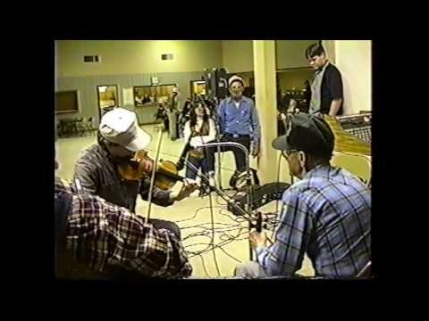 Jam Session and Dance at Wien, Missouri  (clip #14) Pete McMahan & Charlie Walden - Turkey Knob