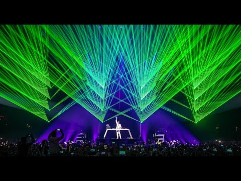 Armin van Buuren - Sail (Live at The Best Of Armin Only)