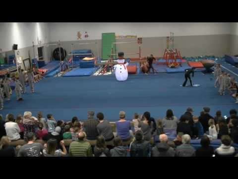 Chimo Gymnastics Christmas display 2016